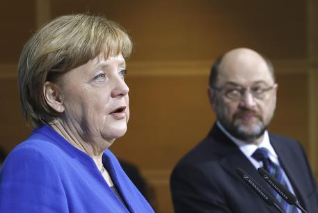 Germania. Dall'Spd il via libera alla Grosse Koalition di Merkel