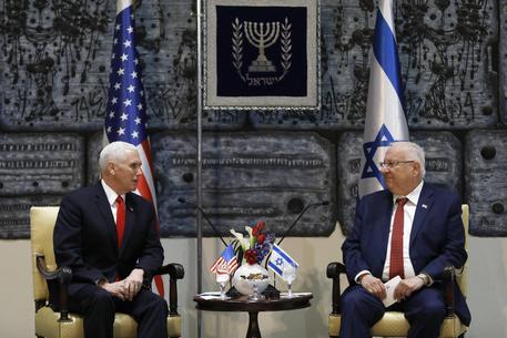 L'incontro fra il vicepresidente Usa Mike Pence ed il presidente israeliano Reuven Rivlin