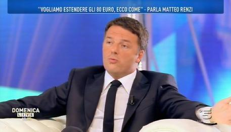 Dopo il caos liste Matteo Renzi si affida alle nonne