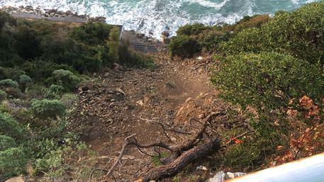 Frana tra Sestri Levante e Lavagna: Aurelia chiusa, è ancora emergenza