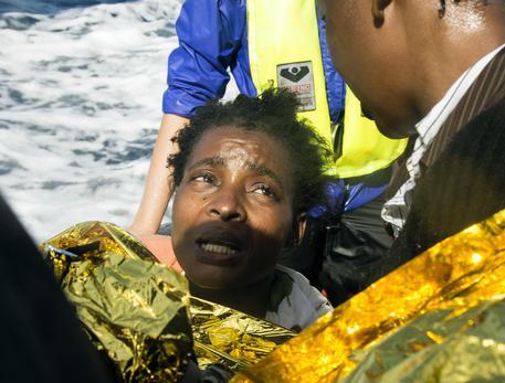 Catania, in arrivo nave con otto migranti deceduti$