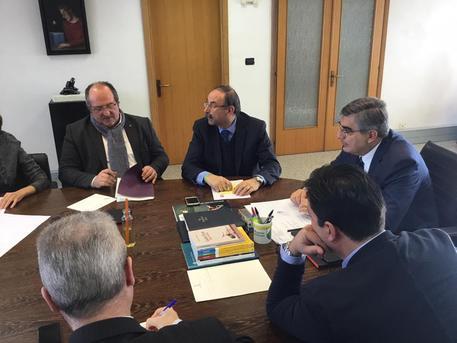 Ipotesi rifiuti da Roma in Abruzzo, sale la tensione del mondo politico