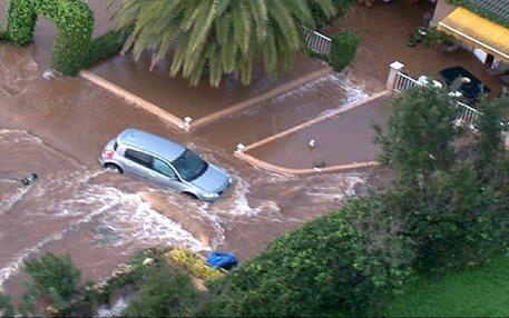 Fiume di fango a Maiorca: 9 morti e diversi dispersi