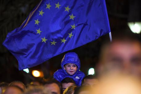 Cosa dicono i sondaggi sul rapporto tra Italia e Unione europea