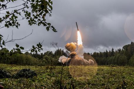 Nato, sta a Russia decidere destino Inf