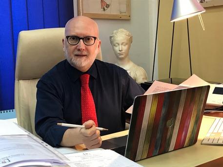 Accademia belle arti:Bisaccia presidente