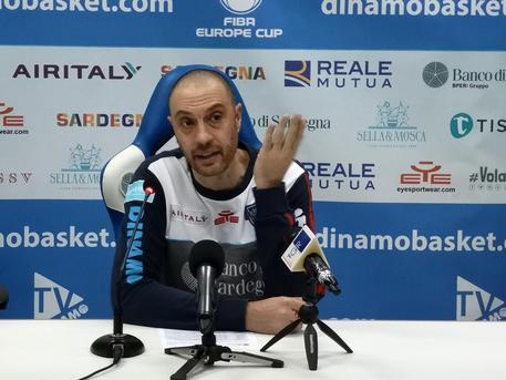 Dinamo contro 'corazzata' Milano