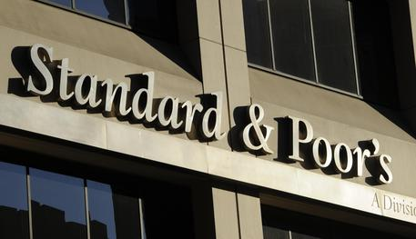 Rating Italia: S&P conferma il rating ma peggiora l'outlook