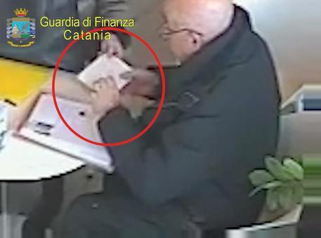 Faceva pagare il pizzo ai propri consociati: arrestato presidente associazione antiestorsione$