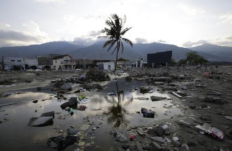 Panico in Indonesia, forte scossa di terremoto 6.8