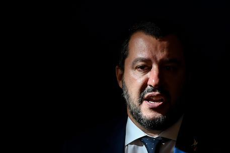 Bomba carta contro la sede della Lega ad Ala, in Trentino. Atteso oggi Salvini