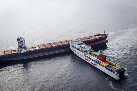 Scontro navi tra Genova e la Corsica, pericolo ambientale