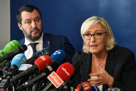 Incontro Saviano-Macron, Salvini: