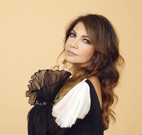 Cristina D'Avena pubblica il secondo lavoro di duetti