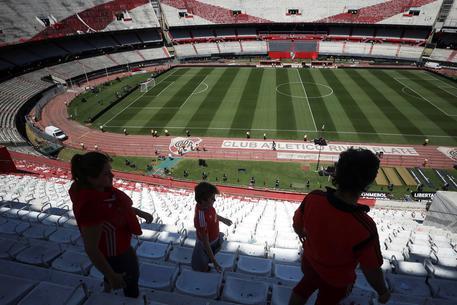 River Plate Boca Juniors, pazza idea Genova: