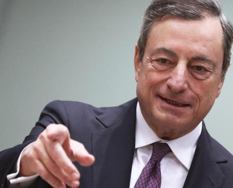 Draghi: l'Italia deve ridurre il debito