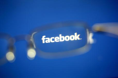 Facebook blocca 110 profili in vista del Midterm © EPA