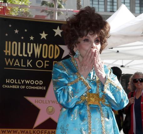 La stella di Hollywoodsulla Walk of Fame