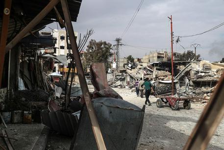 Siria, 400 morti in 2 settimane in raid nella Ghuta