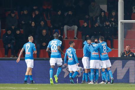 Serie A: Napoli facile a Benevento, 2-0 3708e6a2bba54e42db8aedc89035ad14
