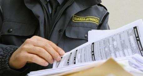 Appalti per lavori mai eseguiti, arresti