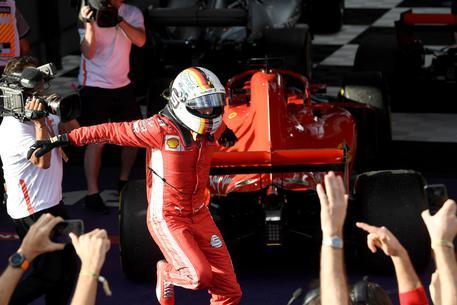 Gp Australia, primo acuto per Vettel $