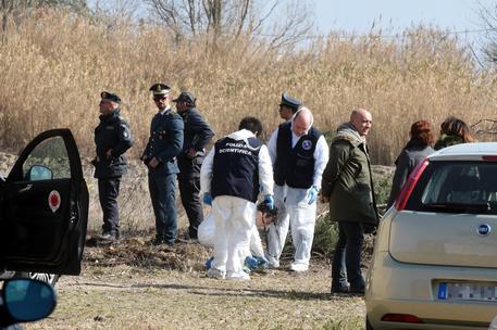 Orrore a Porto Recanati, scoperto pozzo con ossa umane