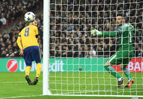 Champions: Tottenham-Juventus 1-2 49d691d6bc07d7096cdd8da5f3dd6f13