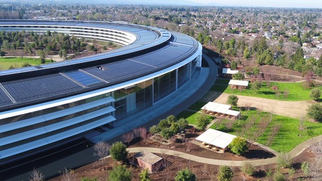L'Apple Park, 100% energia rinnovabile. Fonte Youtube © Ansa