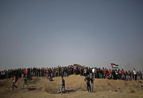 Israele ai palestinesi di Gaza, 'Non vi avvicinate al confine'