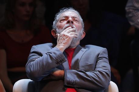 Brasile, Corte d'appello ordina scarcerazione Lula
