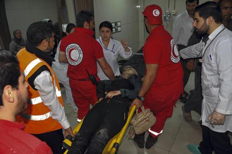 Siria sotto attacco chimico? 70 morti nei raid aerei