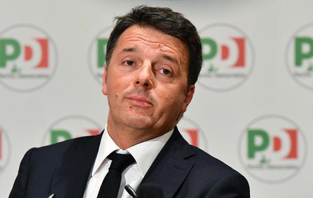 Consip: Matteo Renzi sentito in Procura. Marroni consegna le mail