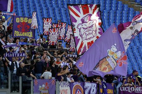 Fiorentina, tifosi festeggiano squadra Eb32c75de0078c32103a7312b67f572d