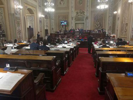 Commissione bilancio Ars approva manovra$