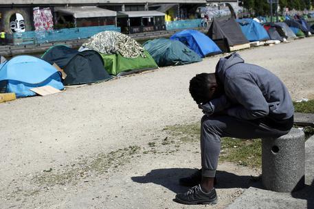 Migranti: sgomberato ex cotonificio Pordenone - Friuli V. G. ...