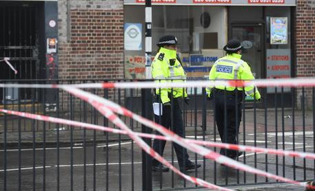 Violenza in Inghilterra: giovani uccisi a Londra e Liverpool