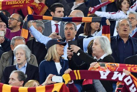 Roma eliminata ma ovazione Olimpico C4811f637ec5e0886e7f4652b9d558c4