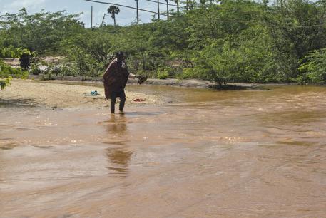 Cede una diga in Kenya per forti piogge
