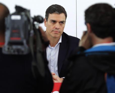 Spagna, Rajoy sfiduciato. Il socialista Sanchez è il nuovo premier