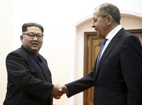 Trump: si terrà l'incontro con Kim Jong-un nel tempo previsto