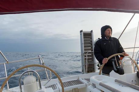 Velisti dispersi in mare: sospese le ricerche