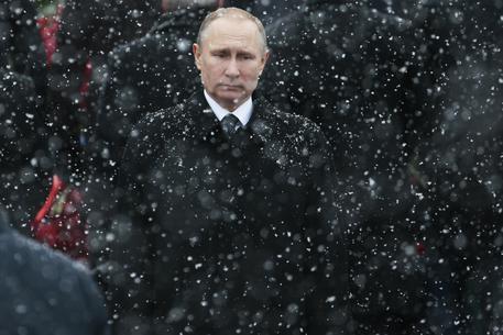 Proteste contro Putin, scontri con la polizia e fermi in molte città