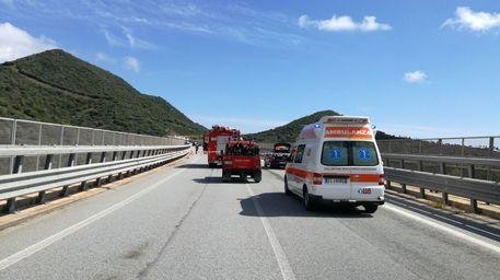 Orientale sarda, muore una donna sbalzata dalla moto