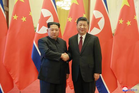Incontro a sorpresa tra Xi Jinping e Kim Jong-Un