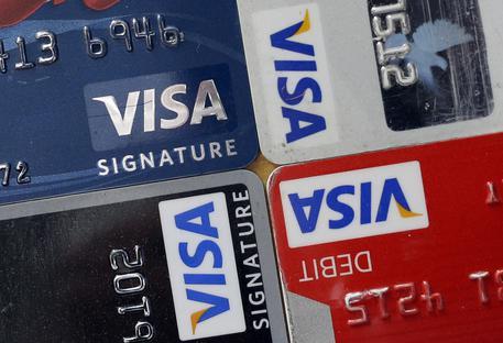 Visa: risolto blocco pagamenti in Europa. Azienda si scusa