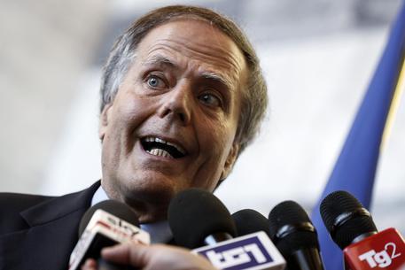 Moavero alla Francia, accuse compromettono relazioni - Politica