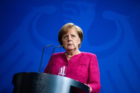 Germania: Merkel accetta l'ultimatum di Seehofer