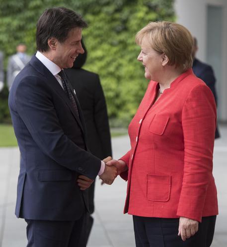 La mossa di Merkel sui migranti