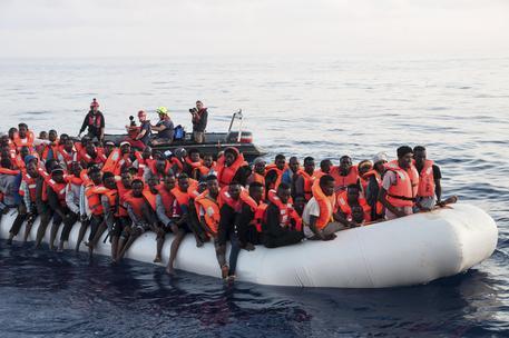 Naufragio in Libia, 100 migranti dispersi (ARCH.) © AP